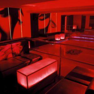 Stilvoller Lounge nahe Alexanderplatz mit Marmorboden zum Mieten in Berlin Mitte