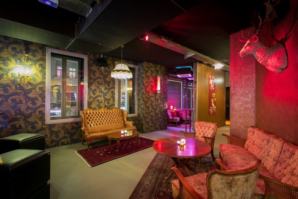 club partylocation in friedrichshain zum mieten bis 350 personen. Black Bedroom Furniture Sets. Home Design Ideas