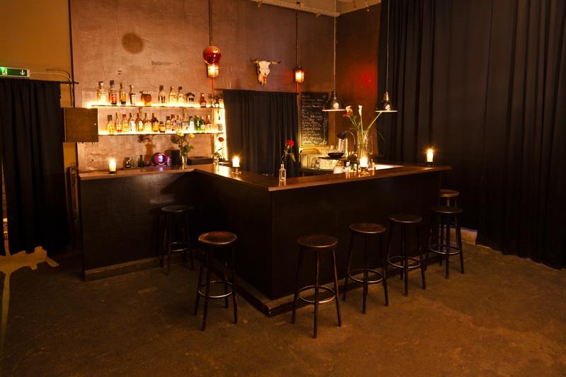 Wohnzimmer Bar Berlin Prenzlauer Berg : Club am Alexanderplatz zum ...