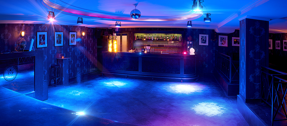 club in berlin mitte mieten friedrichstra e bis 150 personen. Black Bedroom Furniture Sets. Home Design Ideas