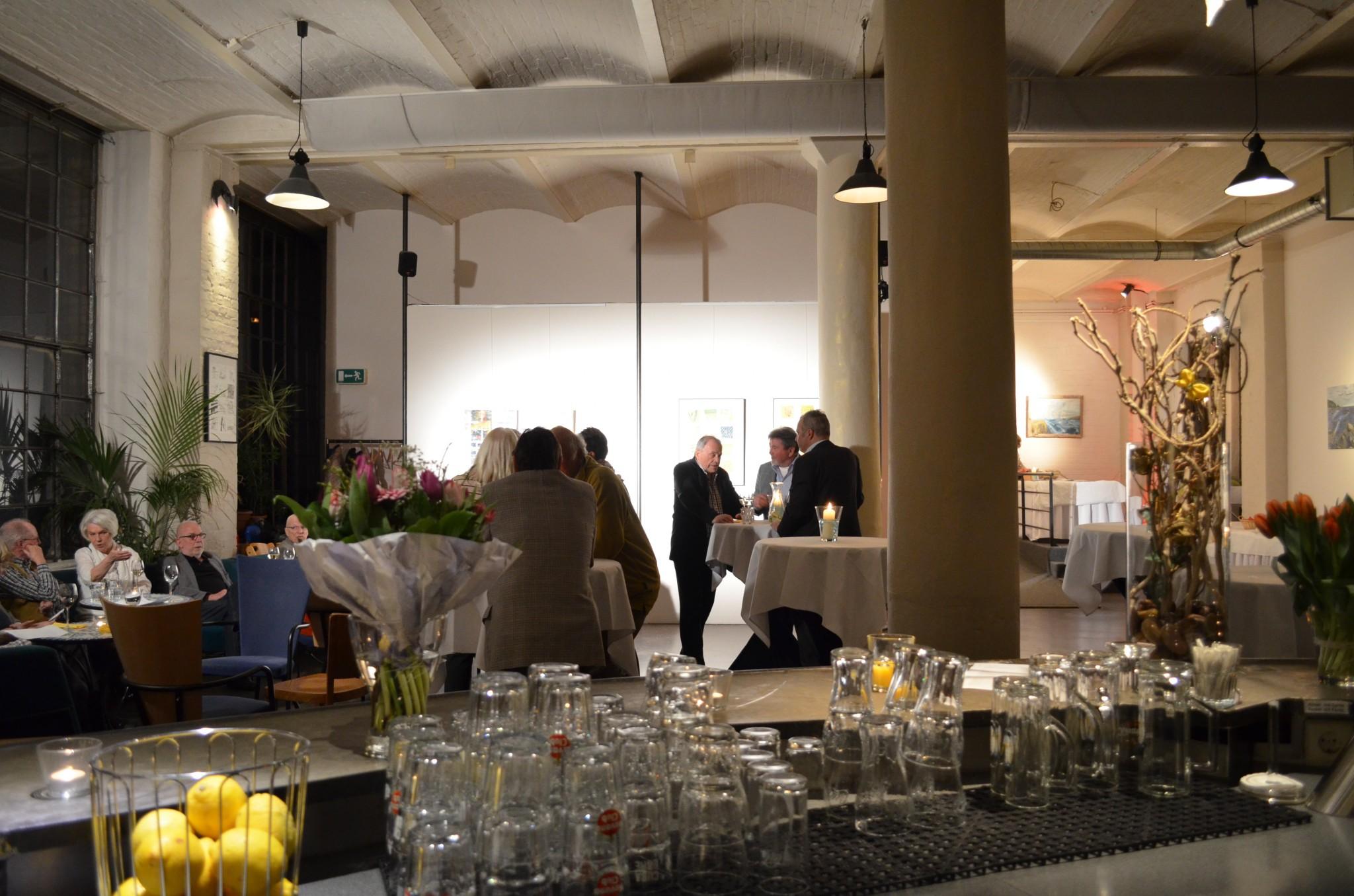 eventlocation mit industrie loft charakter fabrik flair restaurantbereich partyraum berlin. Black Bedroom Furniture Sets. Home Design Ideas