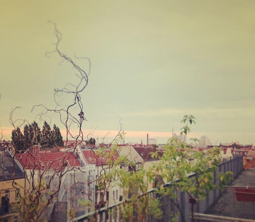 Rooftop-Studio-Location mit Dachterrasse über Berlin