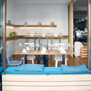 Kleines Café im Regierungsviertel als mietbare Eventlocation für bis zu 70 Personen