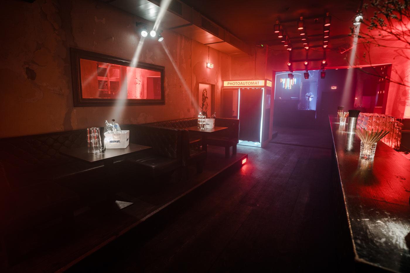 club am alexanderplatz mieten hochwertige bar mit tanzfl che. Black Bedroom Furniture Sets. Home Design Ideas