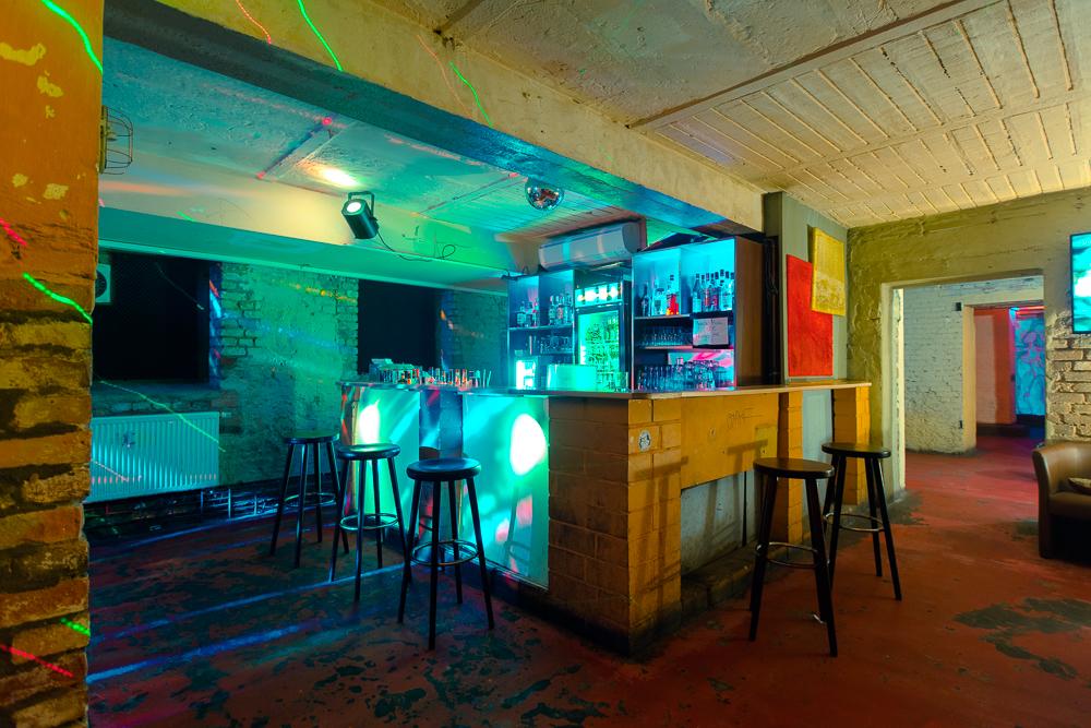 mietfreier partyraum berlin charlottenburg 3 partyr ume au enbereich. Black Bedroom Furniture Sets. Home Design Ideas
