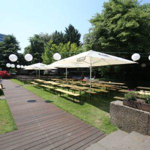 Biergarten mieten in Berlin Friedrichshain - Partyraum mit Tanzfläche